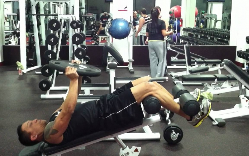 3 Benefits Of Using A Sit Up Bench