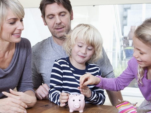 5 Reasons To Involve Your Family In Financial Matters
