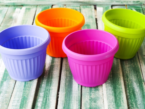 10 Uses For Plastic Flower Pots
