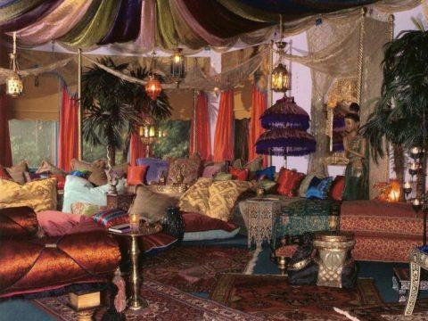 A Splendid Idea in Hippie Room Decor