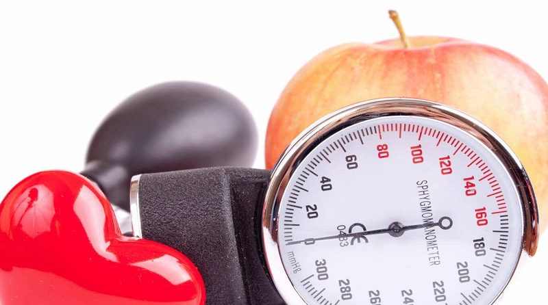 How to reduce high blood pressure naturally