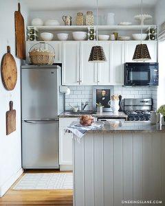 Kitchen vertical storage space